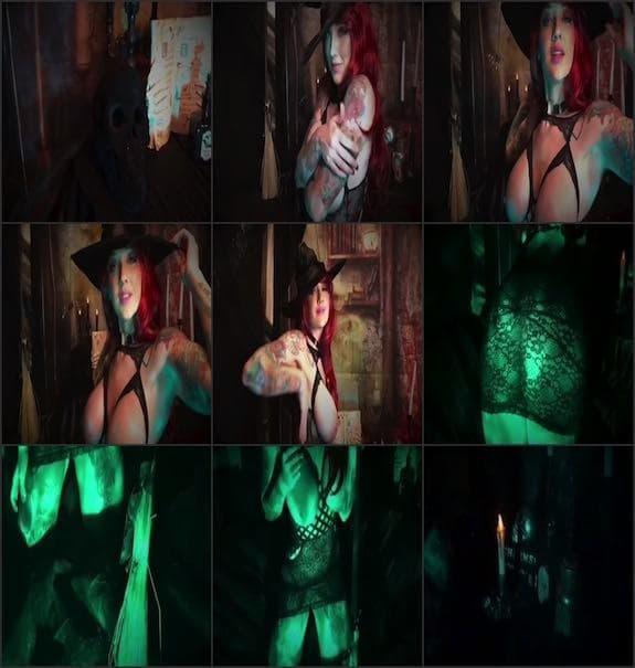 Erica Fett - halloween