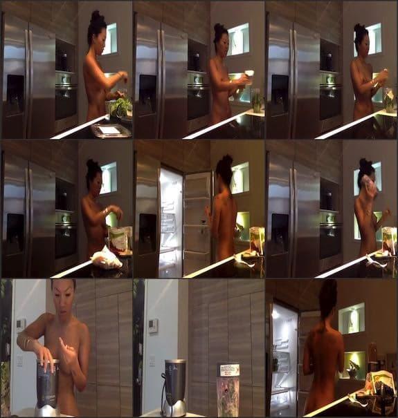 Asa Akira - naked cooking