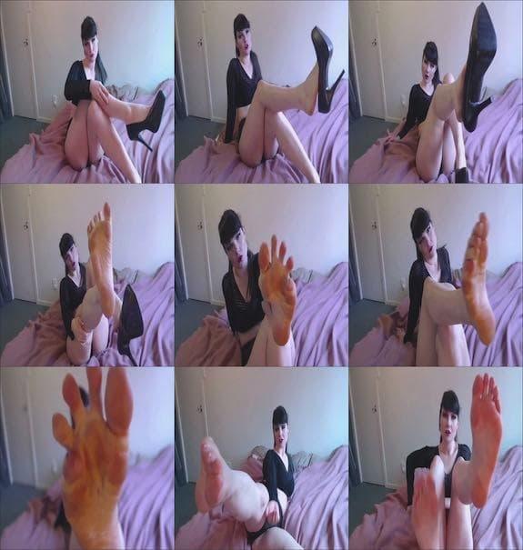 FoxSmoulder - Sexy Foot JOI