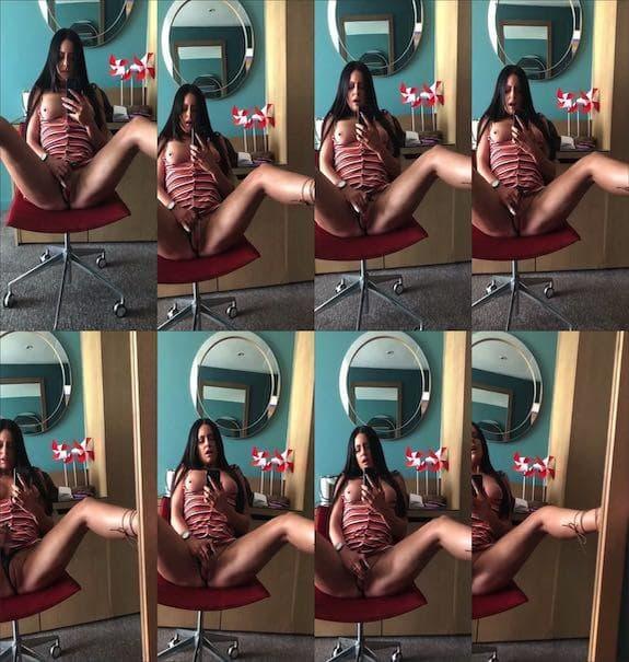 Jenny Davies - Mirror view masturbation