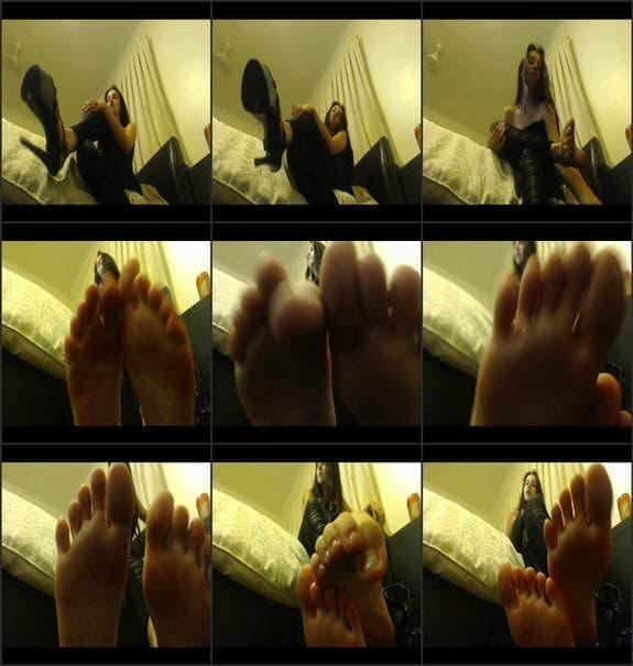 Mistress Chantel - sniff lick worship my toes feet